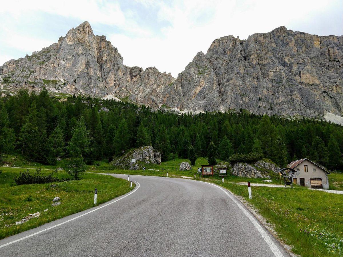 Auffahrt zum Passo Falzarego